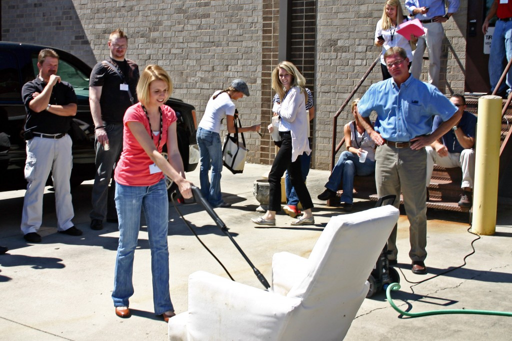 E Lee Industries Sunbrella Power Washing Outdoor Furniture