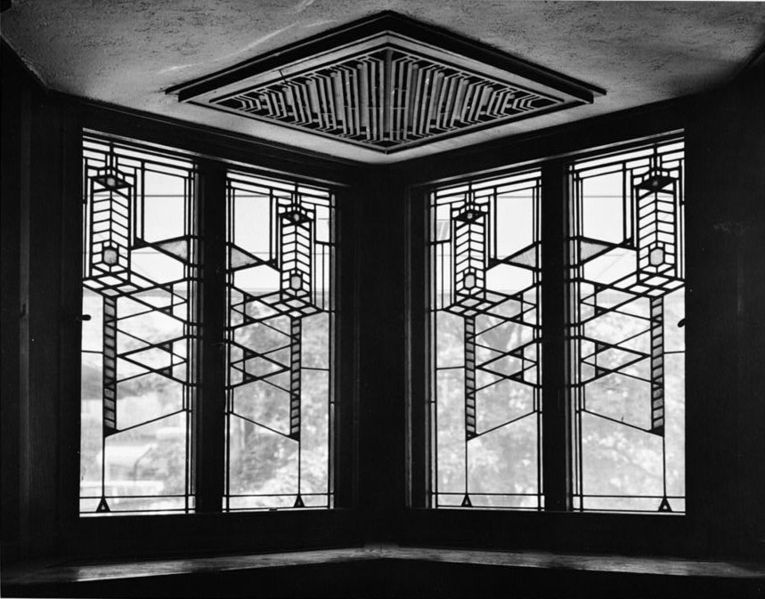 Design Lines Ltd. Robie House Stained Glass Windows Frank Lloyd Wright